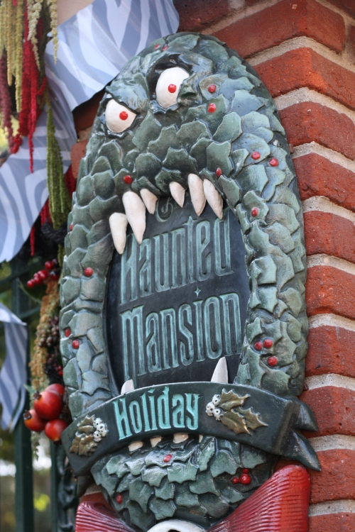 Haunted Mansion Holidays at Disneyland {saving up for disney}