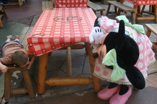Peek-a-boo with Minnie! {Saving up for Disney}