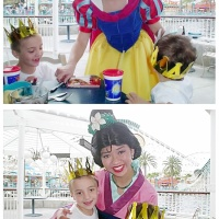 Disneyland Magical Moments - Princess Hugs and Kisses