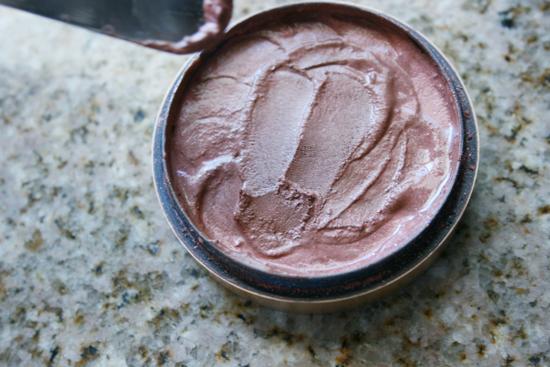 Don't toss it! Fix your broken make-up {Tutorial}