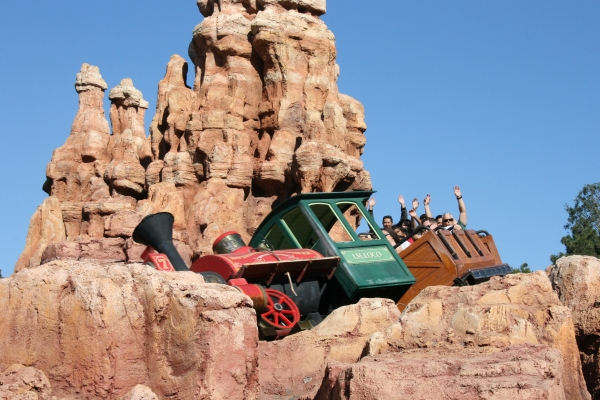 Big Thunder Mountain Railroad, Disneyland CA