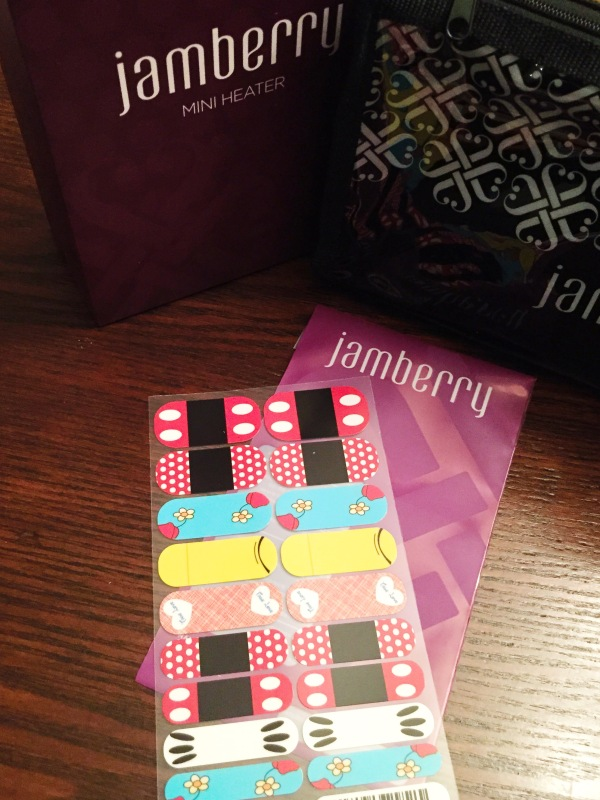 ENTER TO WIN a fantastic Jamberry giveaway at Saving Up for Disney!
